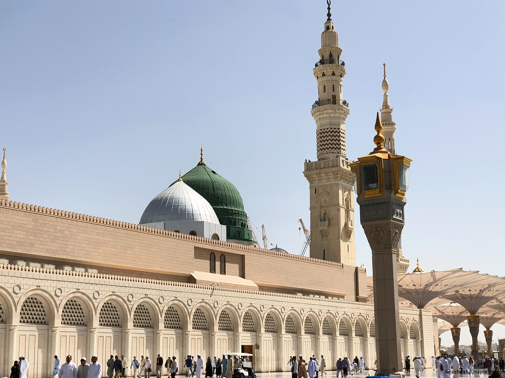 Revokes The Civil Servant Life Allowance, Saudi Arabia Triples VAT Amid Crisis